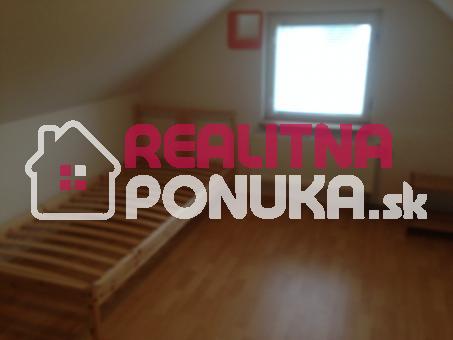 Prenajom 2 izboveho rodinneho domu  Ulica Borekova / Podunajské Biskupice