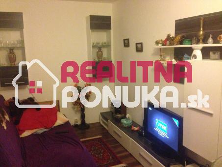 Predaj 1 izboveho bytu, prerobeny na 2 izb. byt. Ulica Čiližská / Vrakuňa - BA 2
