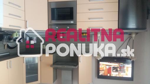 Prenájom   1 garsónky   Ulica Martinčekova / Ružinov